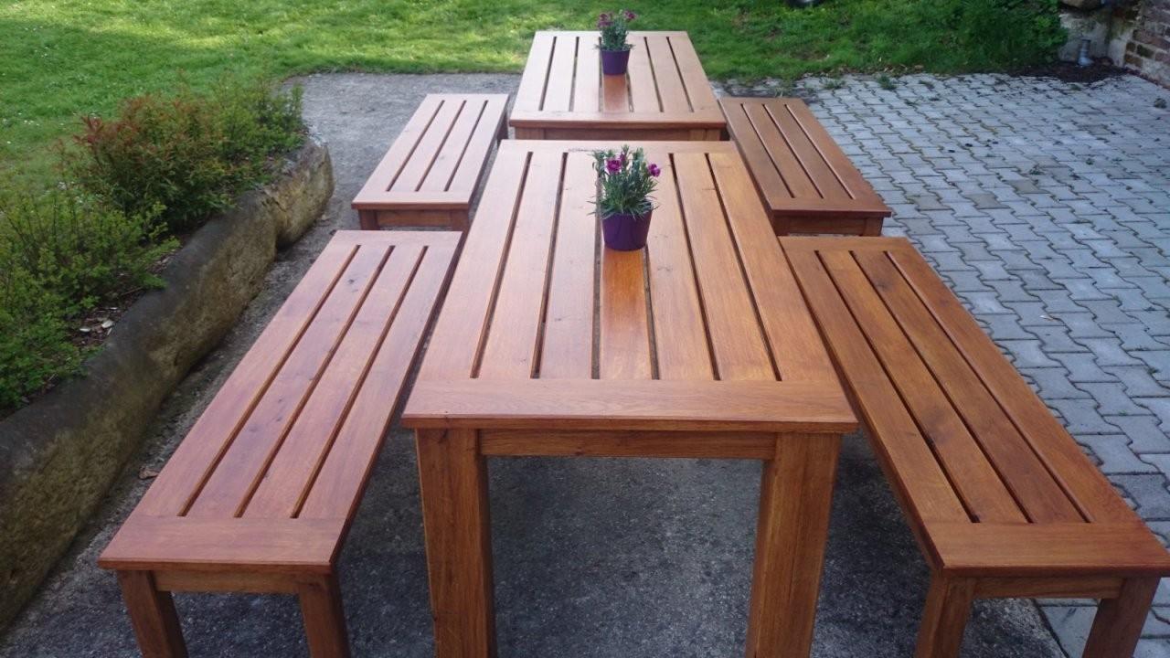 Gartenmöbel von Gartentisch Mit 2 Bänken Photo