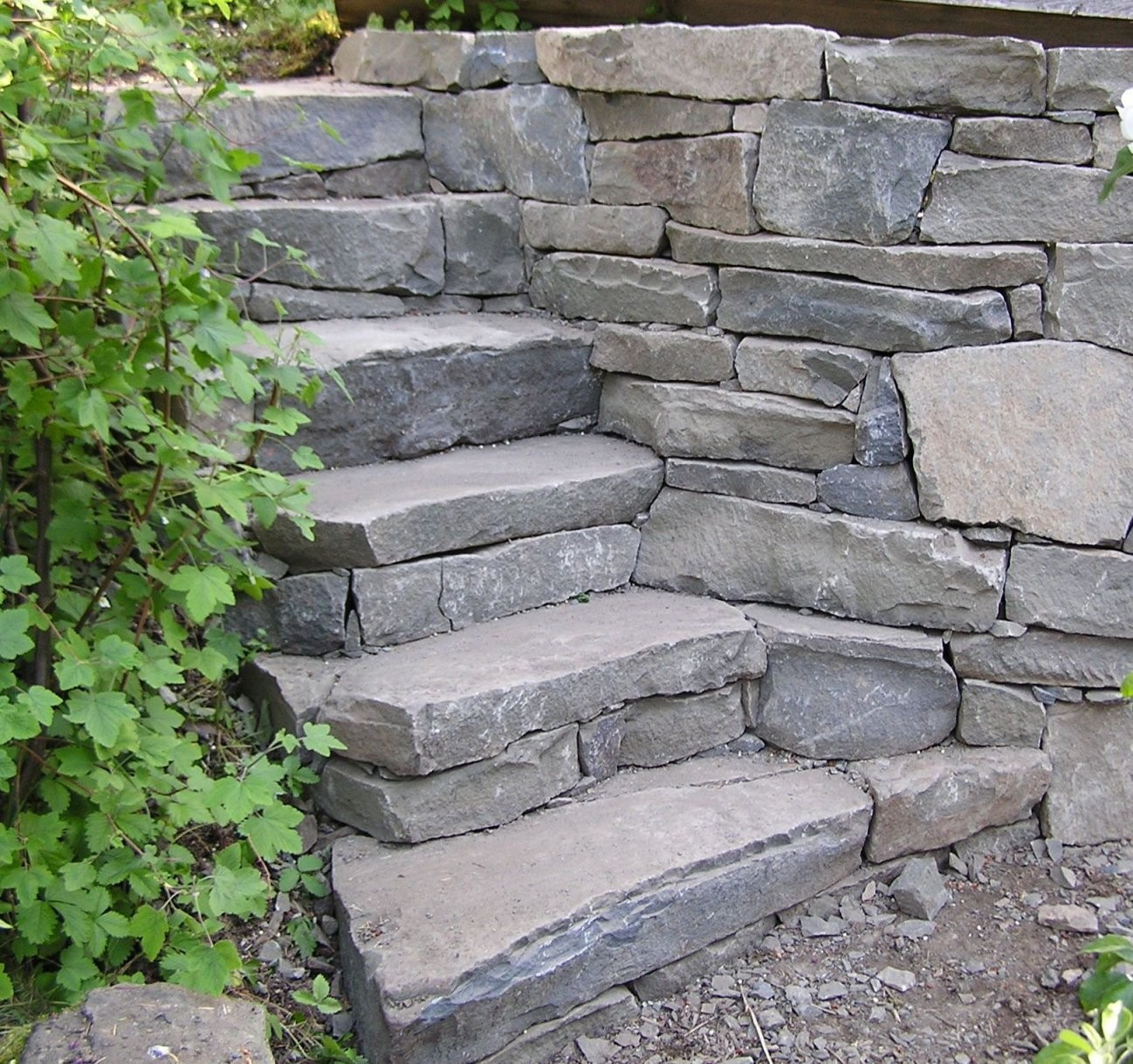 Gartentreppe Selber Bauen – 35 Inspirationen  Landshapting von Treppe Im Garten Selbst Bauen Bild
