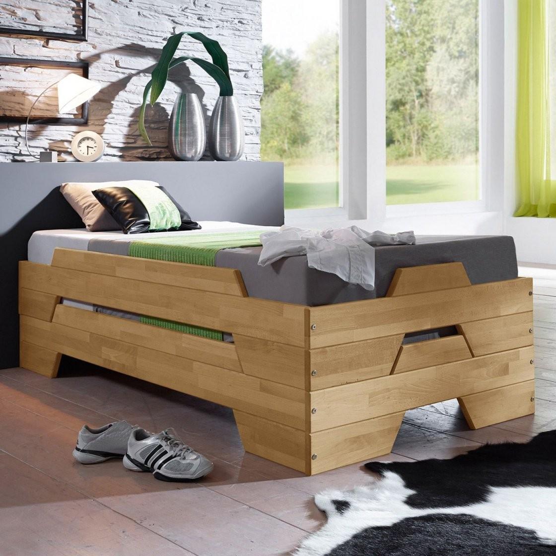 Gästebetten Zum Zusammenklappen Und Stapeln Bettende Platzsparendes von Platzsparendes Bett Selber Bauen Bild