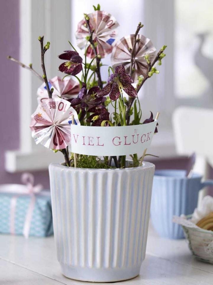 Geldgeschenke Basteln Kreative Ideen Für Jeden Anlass von Blumen Basteln Aus Geld Photo