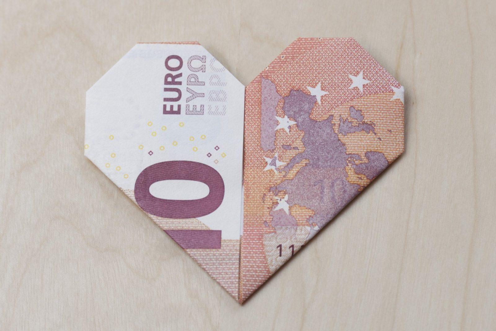 Geldschein Herz  Faltanleitung Mit Pdf von Geldschein Als Herz Falten Bild