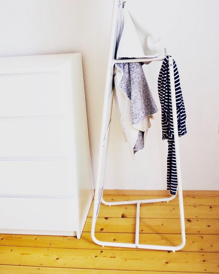 Getragene Kleidung – Wohin Bloß Damit von Ablage Für Kleidung Im Schlafzimmer Bild