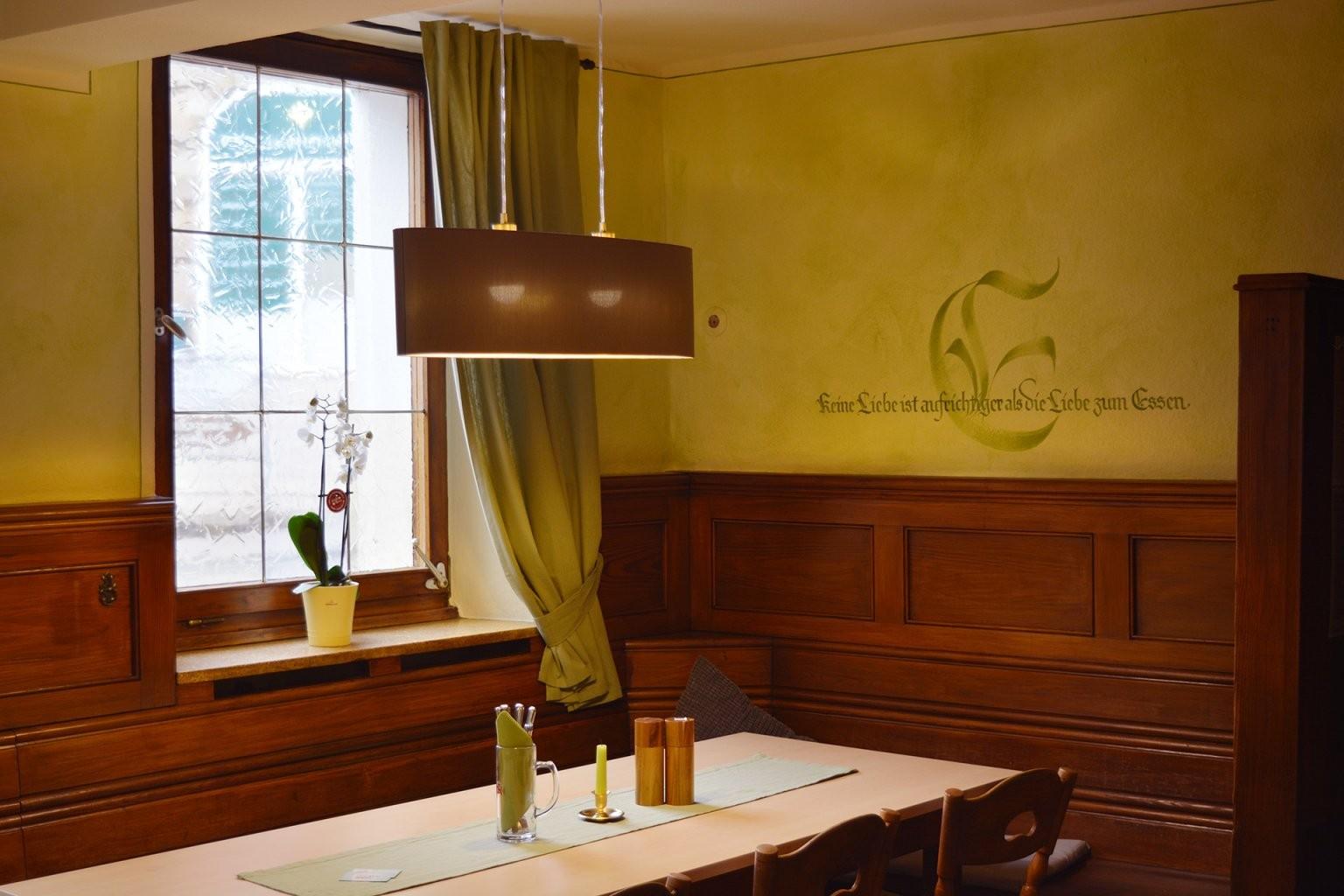 Goldener Löwe – Andrea Wunderlich von Gasthof Goldener Löwe Bayreuth Photo