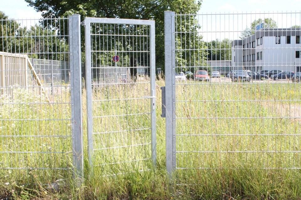 Große Auswahl An Toranlagen Das Gartentor Passend Zu Ihrem Gartenzaun von Gartentor 2 M Hoch Photo