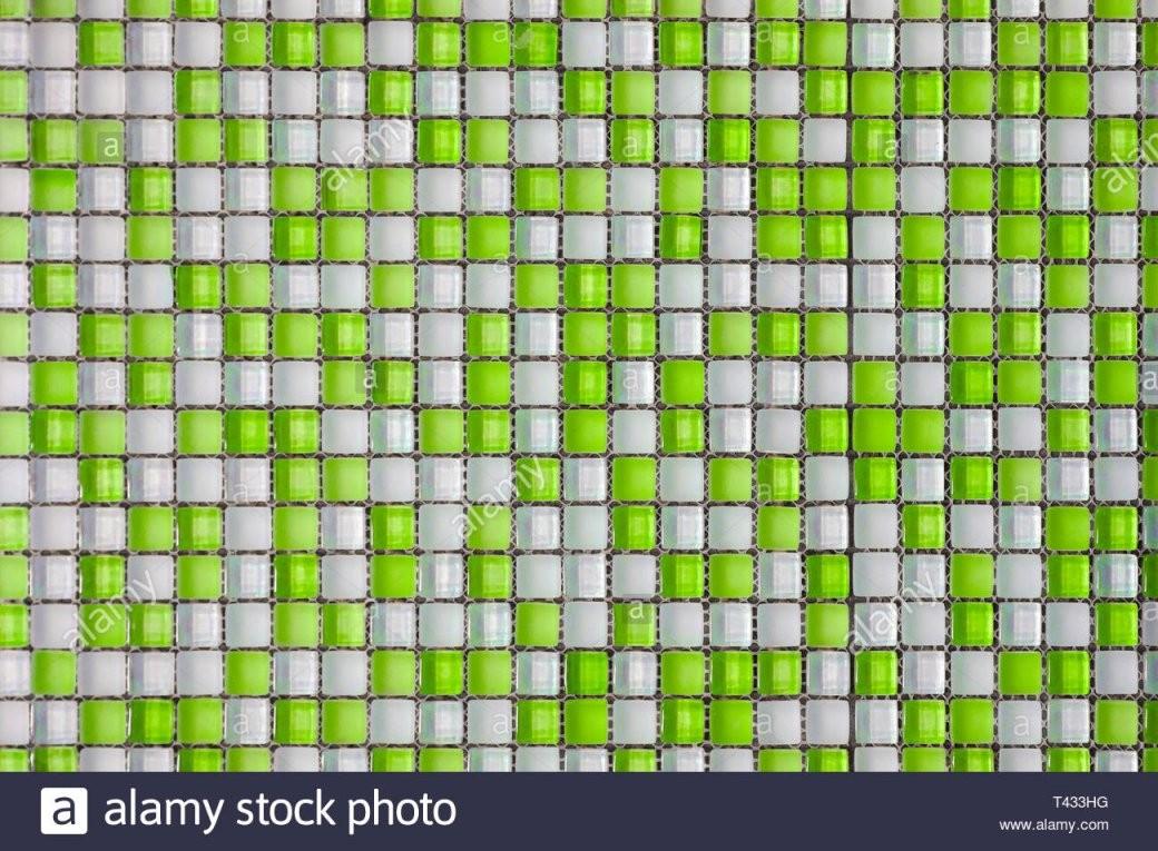 Grün Und Weiß Buntes Mosaik Hintergrund Fliesen Schließen Sie Das von Mosaik Fliesen Dusche Reinigen Bild