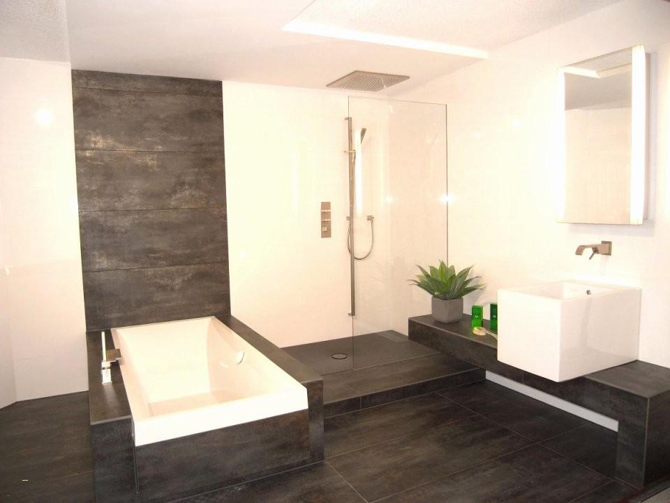Grundriss Badezimmer 10 Qm Inspirierend Bad Grundriss Ideen  Haus von Badezimmer Beispiele 10 Qm Bild