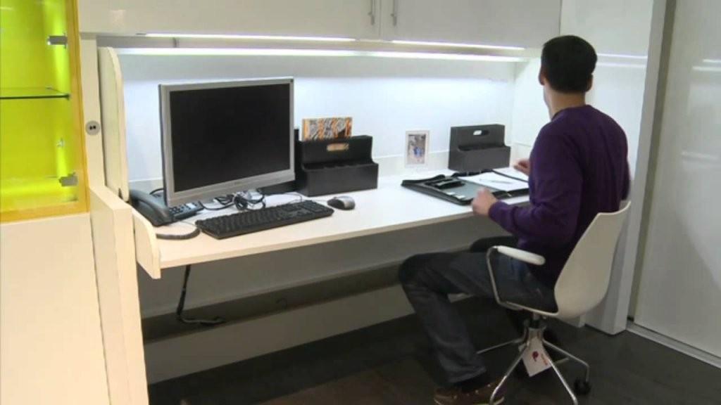Häfele  Mit Tavoletto In Sekunden Vom Schreibtisch Zum Bett  Youtube von Schrank Mit Integriertem Schreibtisch Photo
