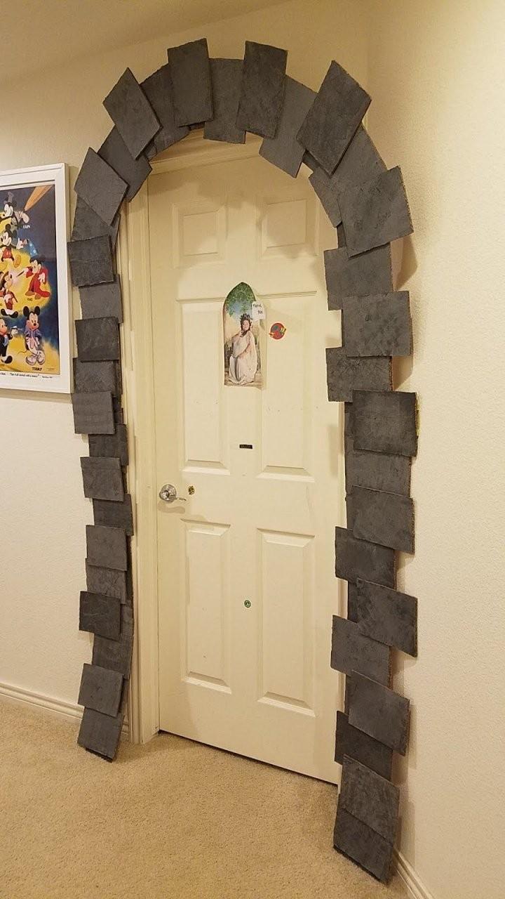 Harry Potter Party Diy Decor Dormitory Entrance  Kindergeburtstag von Harry Potter Deko Ideen Bild