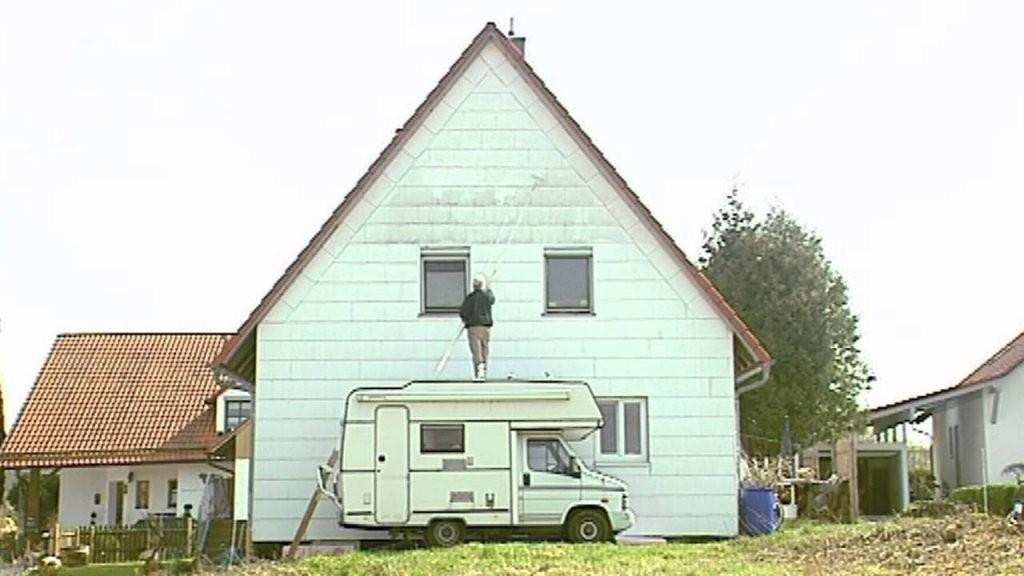 Haus Streichen Ohne Gerüst  Youtube von Fassade Streichen Kosten Pro Qm Photo