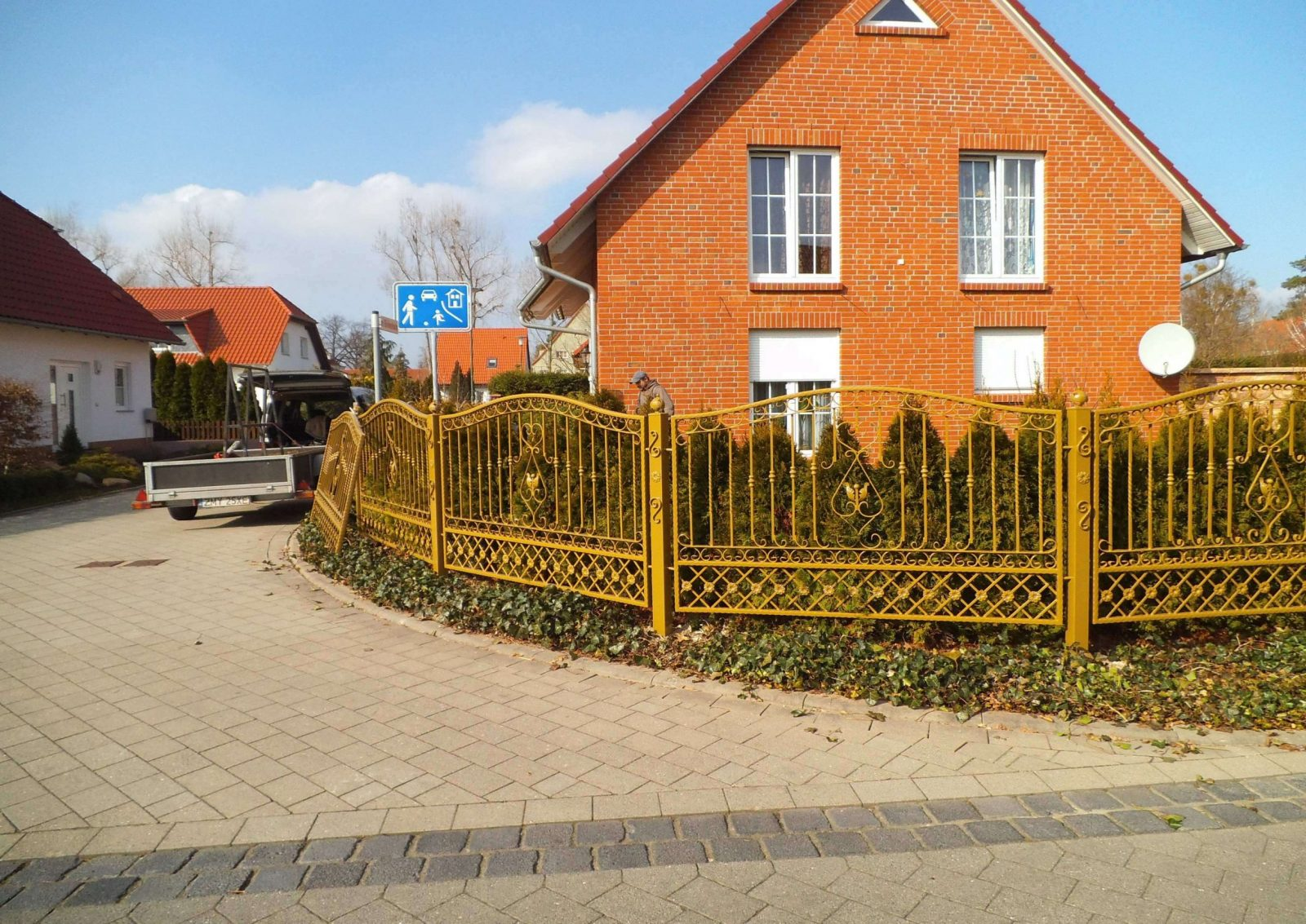 Haustüren Aus Polen Kaufen Ebenfalls Genial Metallzaun Aus Polen von Haustüren Aus Polen Kaufen Bild
