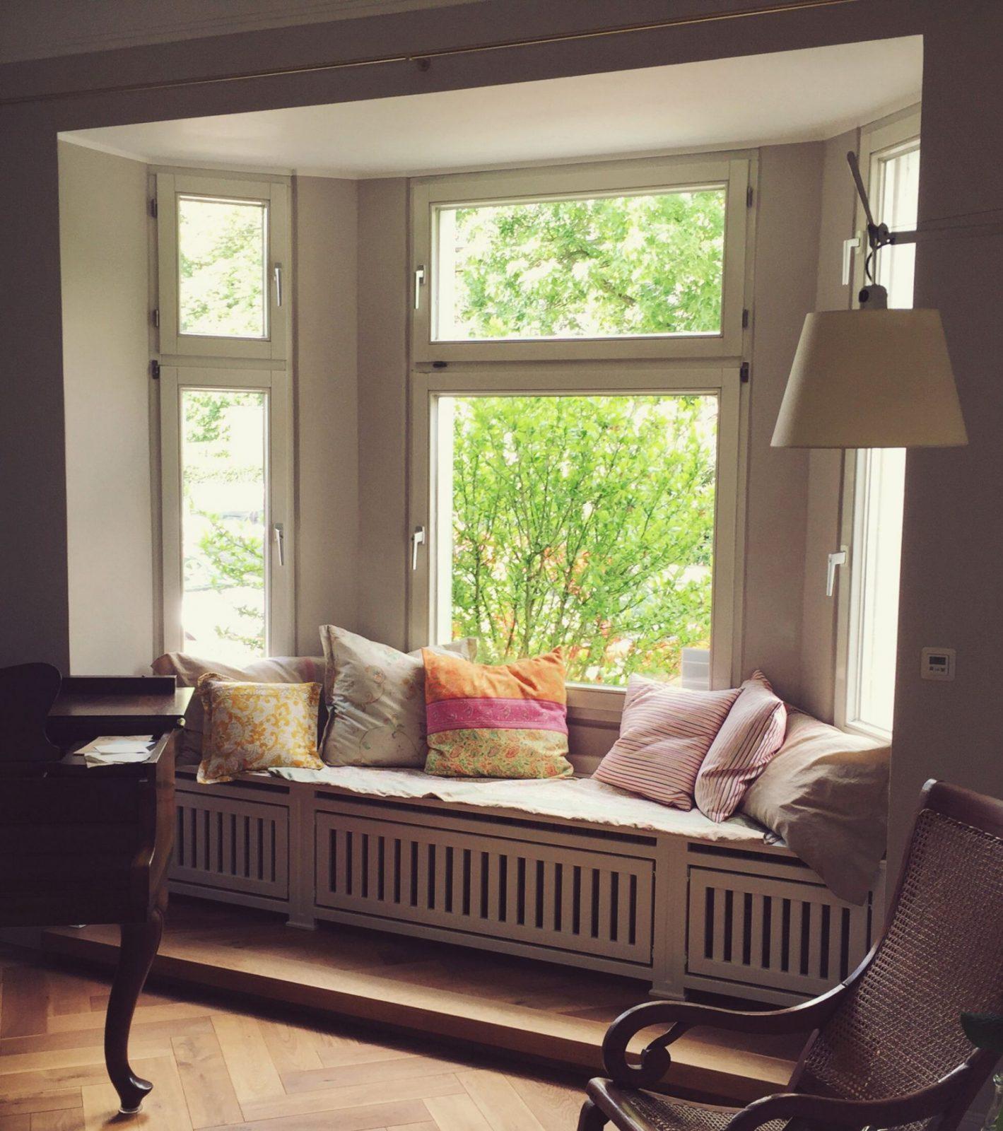 Heizungsverkleidung Sitzecke ❤  Radiator Window Seats In 2019 von Fenster Sitzbank Über Heizung Photo