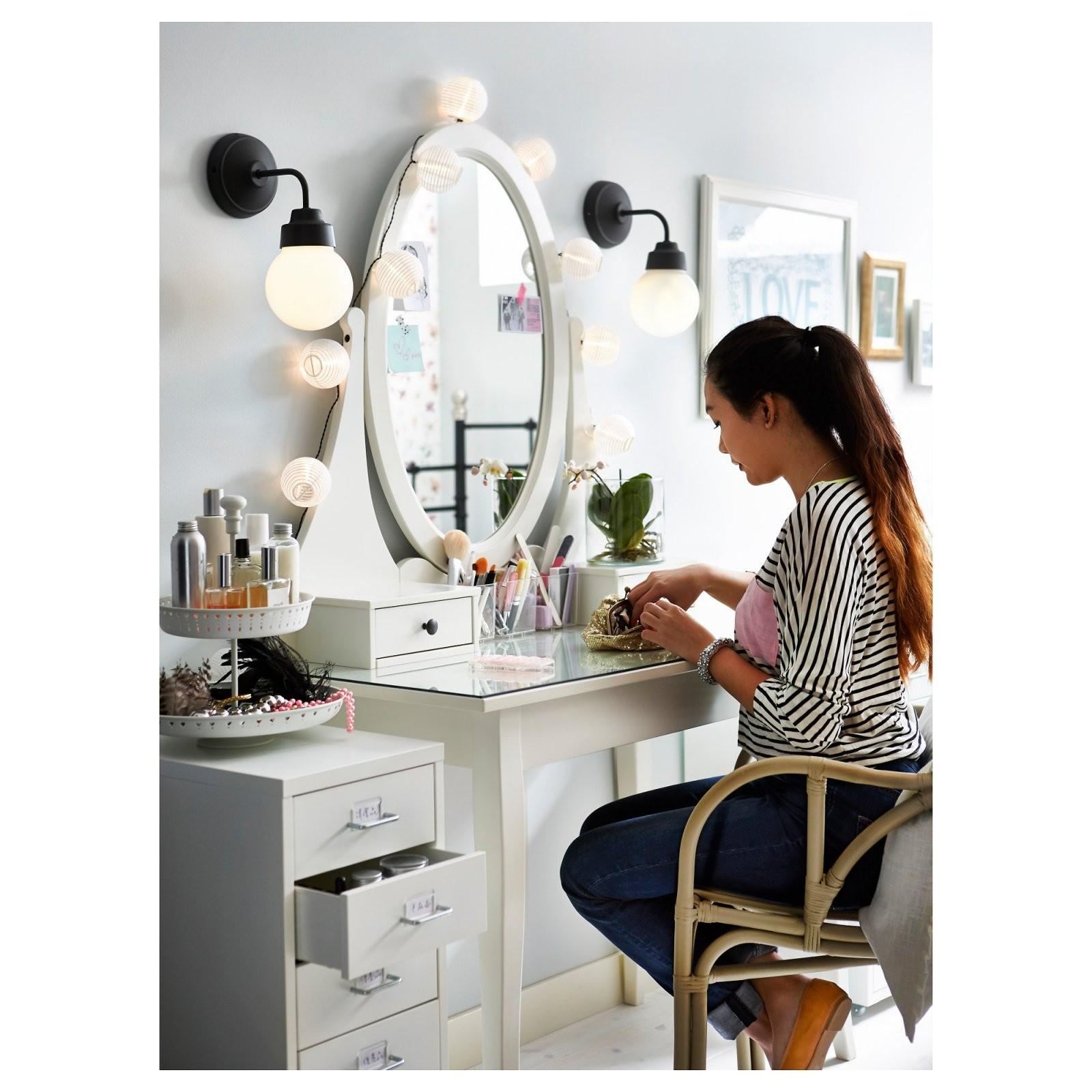 Hemnes Frisiertisch Mit Spiegel  Ikea von Schminkspiegel Mit Beleuchtung Ikea Bild