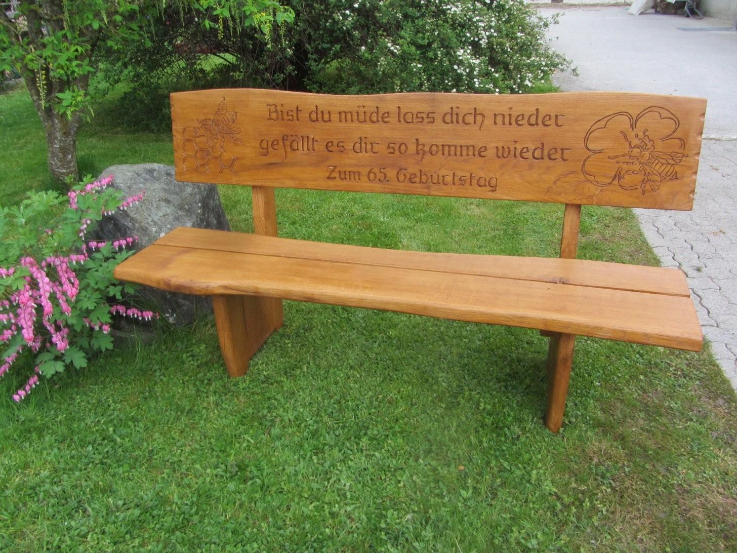 Holzbank  Banc En Bois von Holzbank Mit Gravur Kaufen Bild