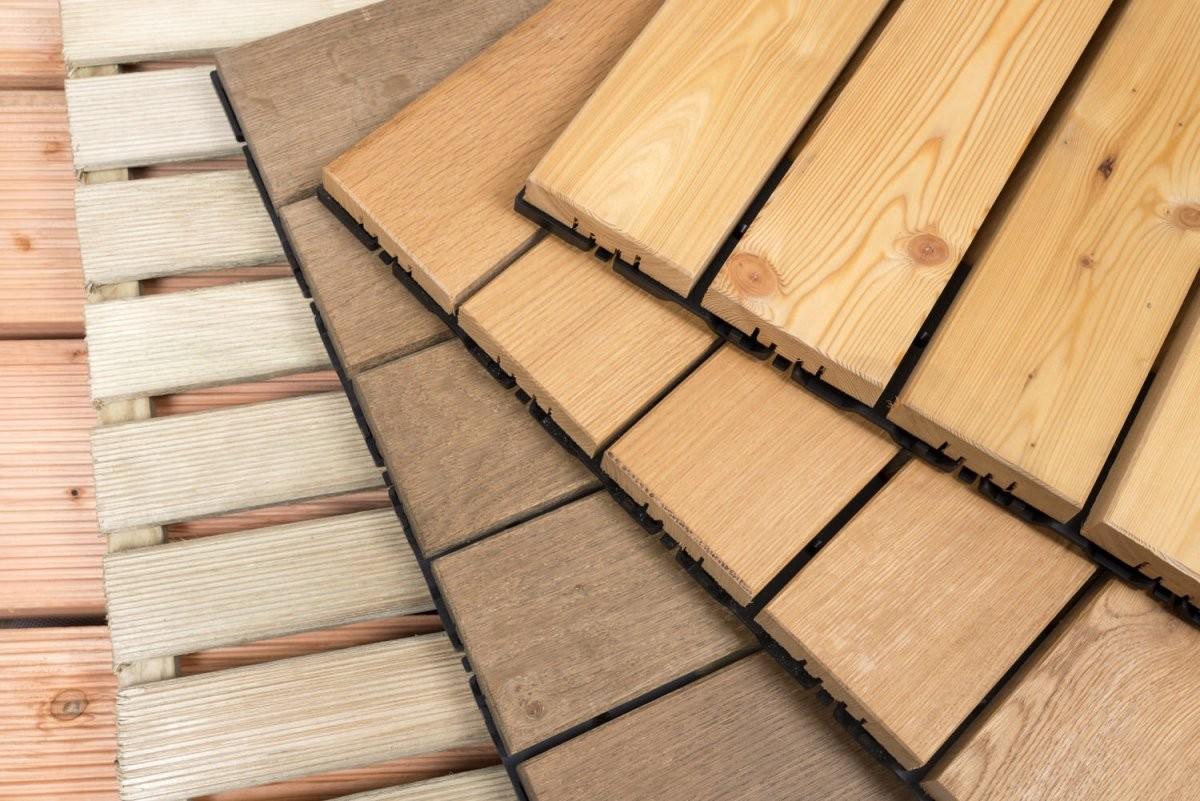 Holzfliesen Richtig Verlegen  Wir Zeigen Wie  Heimhelden von Fliesen Kleben Auf Holz Bild
