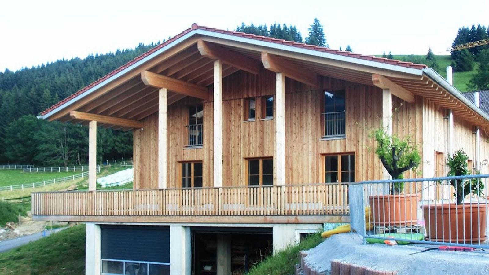 Holzhaus Bauen Lassen  Günstig  Schlüsselfertig  Völk von Blockhaus Selber Bauen Kosten Bild