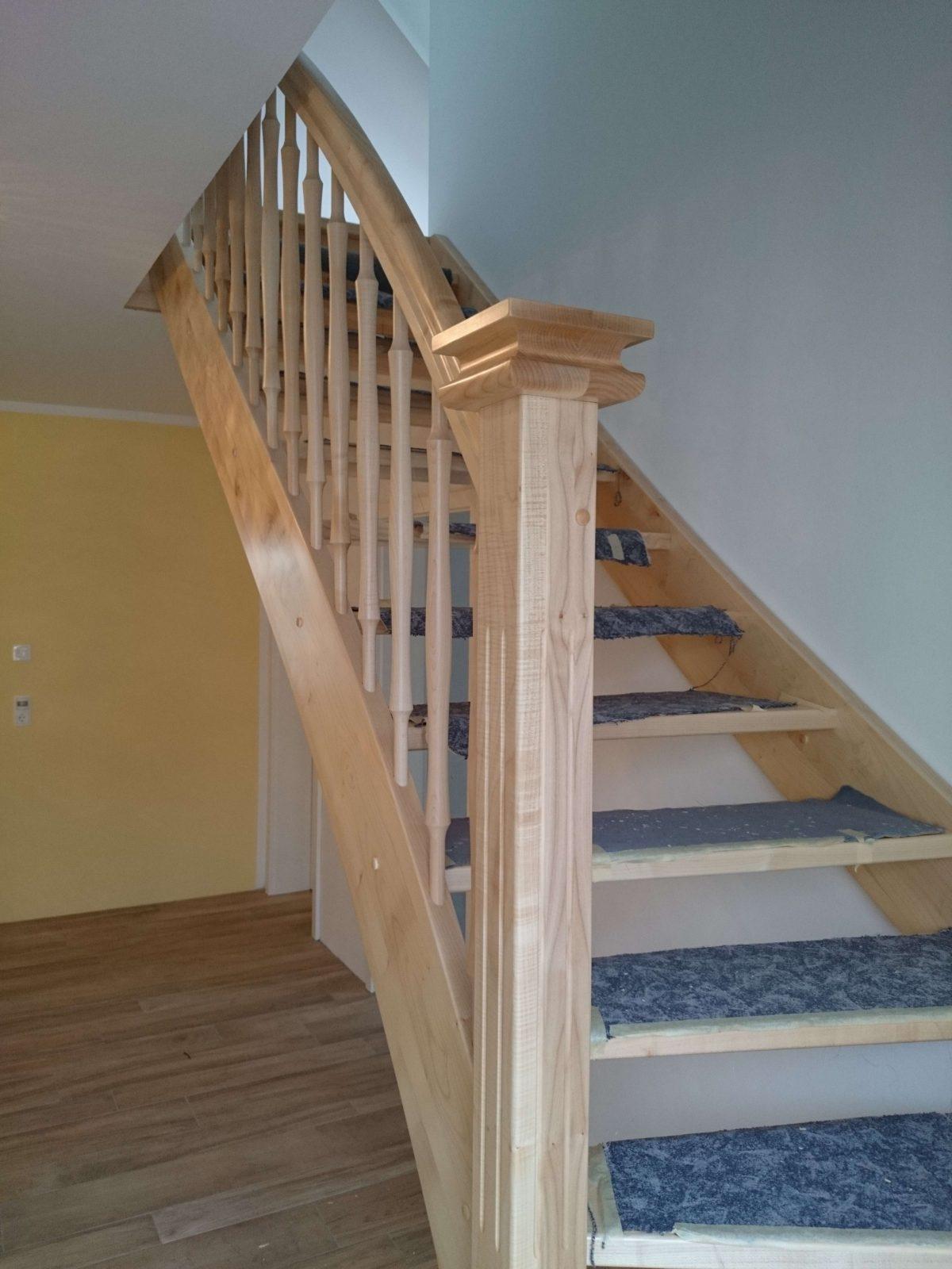 Holztreppe 1 4 Gewendelt Beautiful Treppe Nach Ma Gewendelt Rechts von Treppe 1 4 Gewendelt Rechts Photo