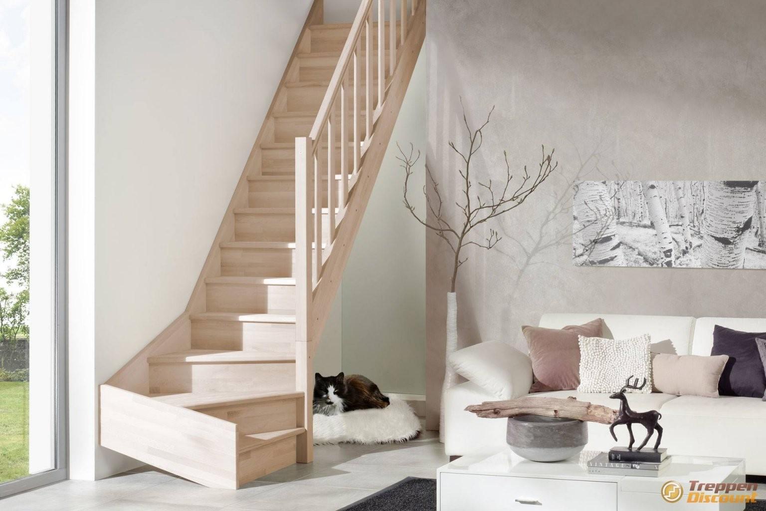 Holztreppe Casablanca ¼ Gewendelt Aus Fichte Oder Buche von Treppe 1 4 Gewendelt Rechts Photo