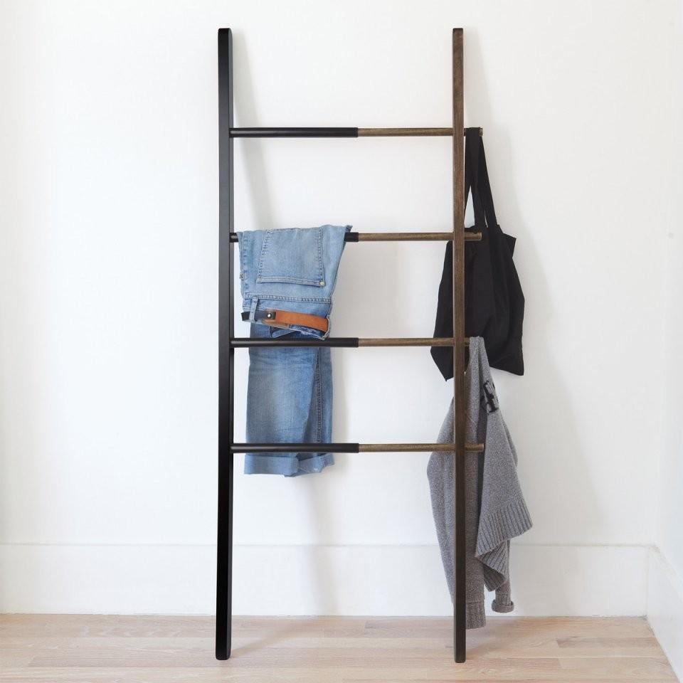 Hub Ablageleiter Von Umbra  Connox Shop von Ablage Für Kleidung Im Schlafzimmer Bild