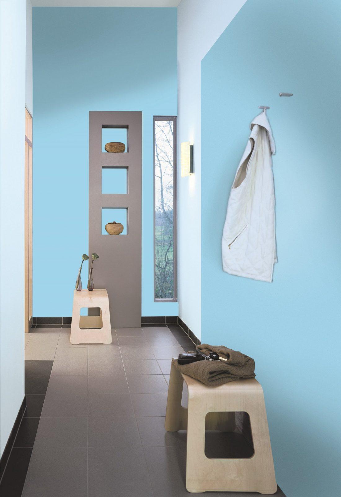 Ideen Für Die Wangestaltung Im Flur Alpina Farbe  Einrichten von Farbgestaltung Flur Mit Treppe Photo