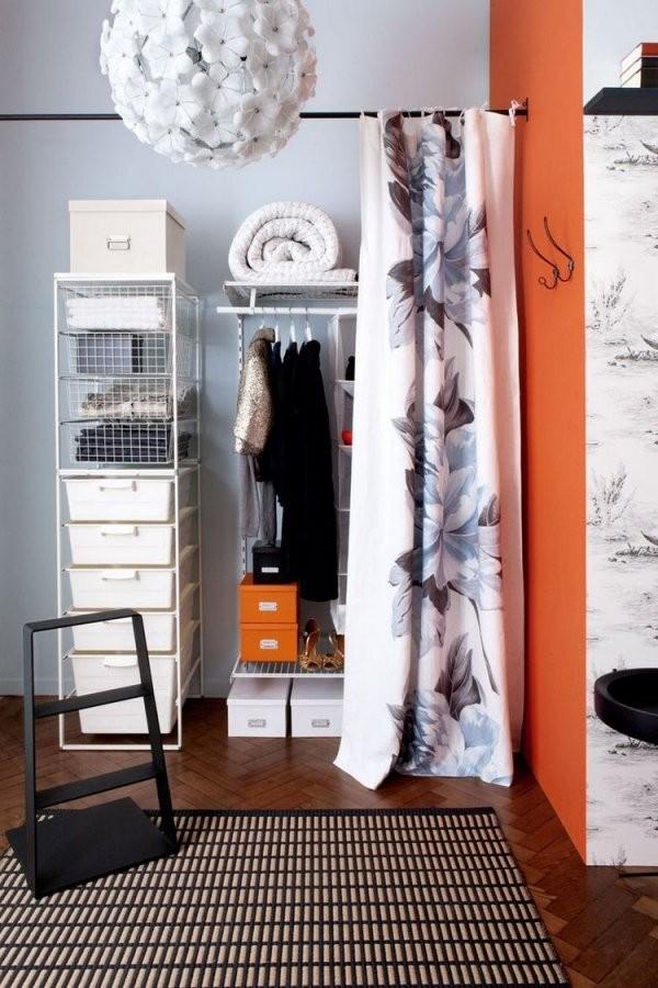 Ideen Für Offenen Kleiderschrank Im Schlafzimmer von Offener Schrank Mit Vorhang Bild
