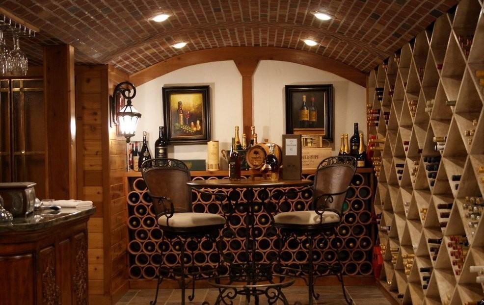 Ideen Stilvolle Designs Für Den Modischen Home Weinkeller  Möbel von Weinkeller Bauen Selber Machen Bild