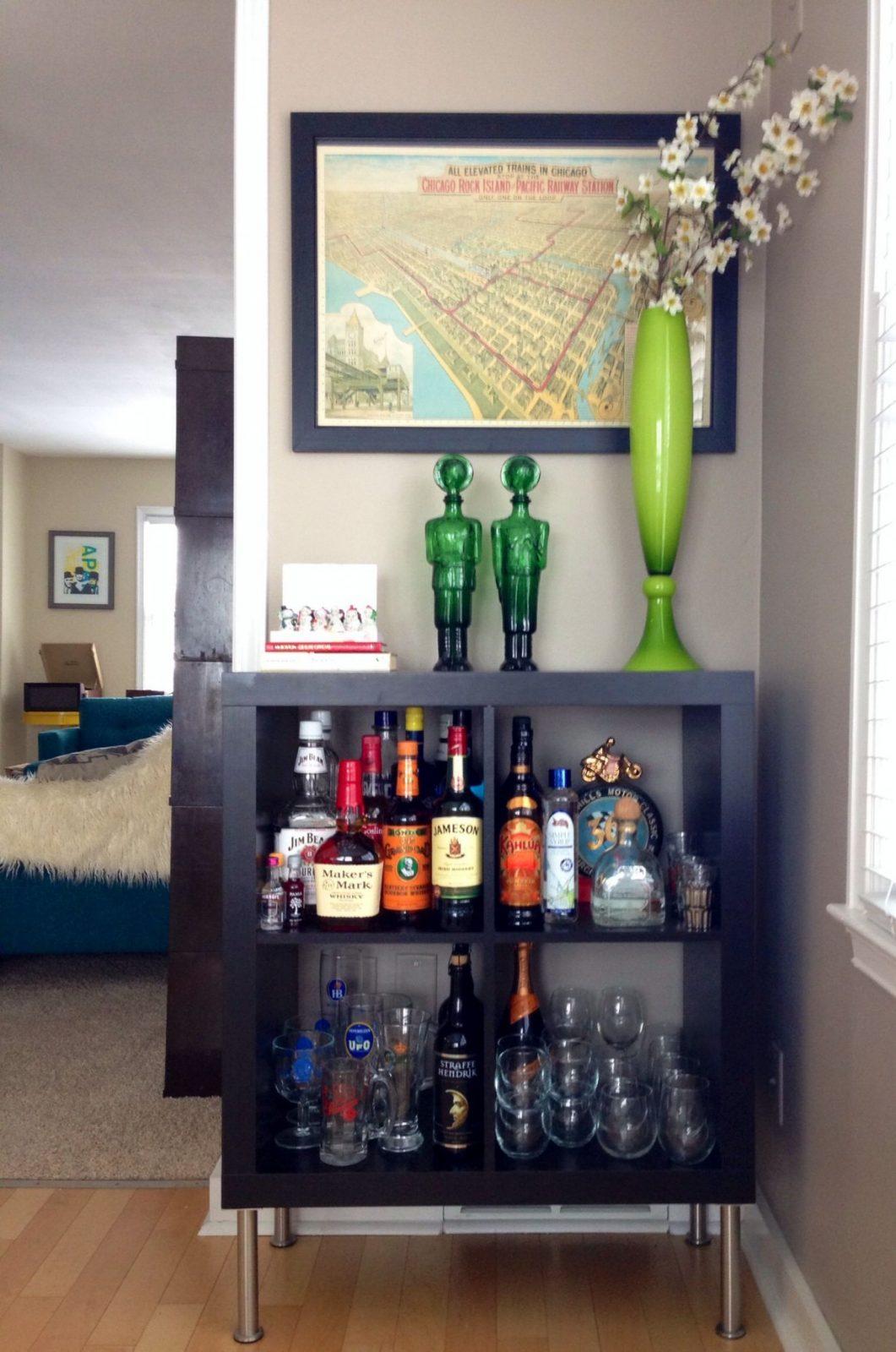 Ikea Expedit Turned Bar  Wohnideen  Wohnzimmer Hausbar Und von Kleine Bar Fürs Wohnzimmer Bild
