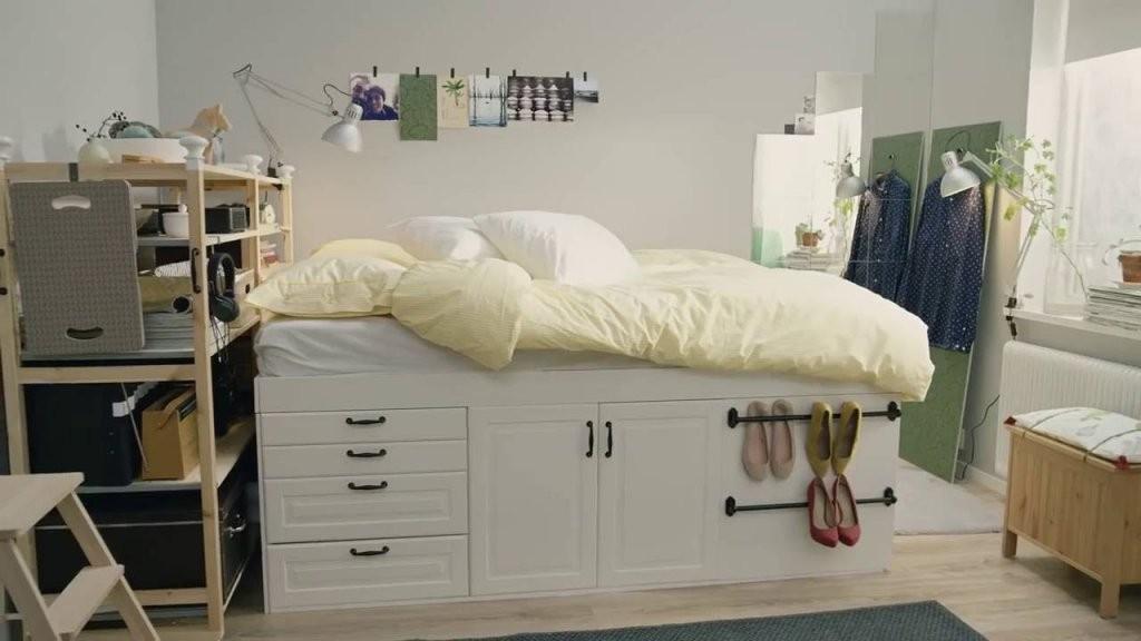 Ikea Quadratmeterchallenge Winziges Schlafzimmer Für Zwei  Youtube von Begehbarer Kleiderschrank Kleines Schlafzimmer Bild