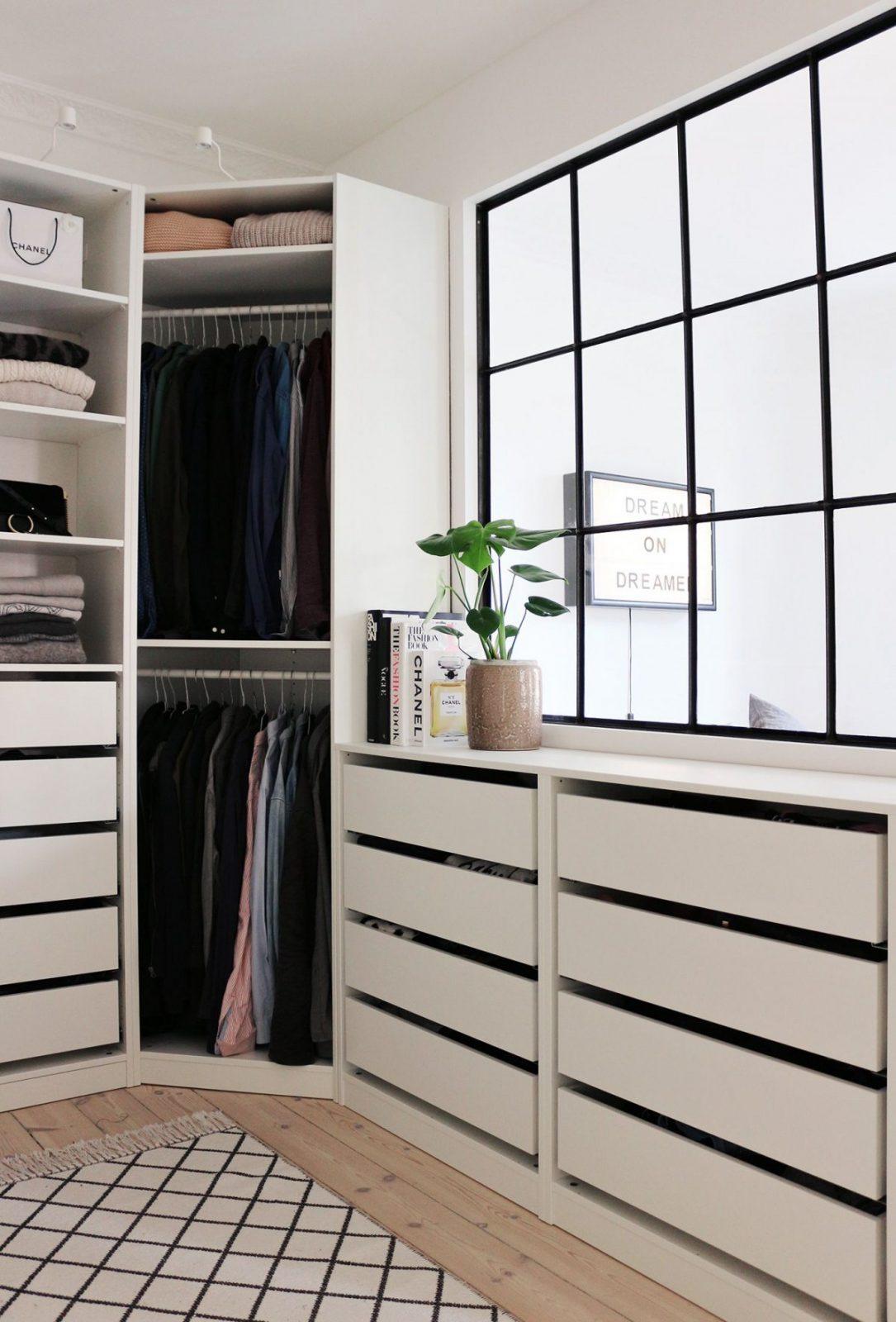 Inloopkast Van Fashionista Christina Uit Kopenhagen  Interieur von Begehbarer Kleiderschrank Ikea Pax Photo
