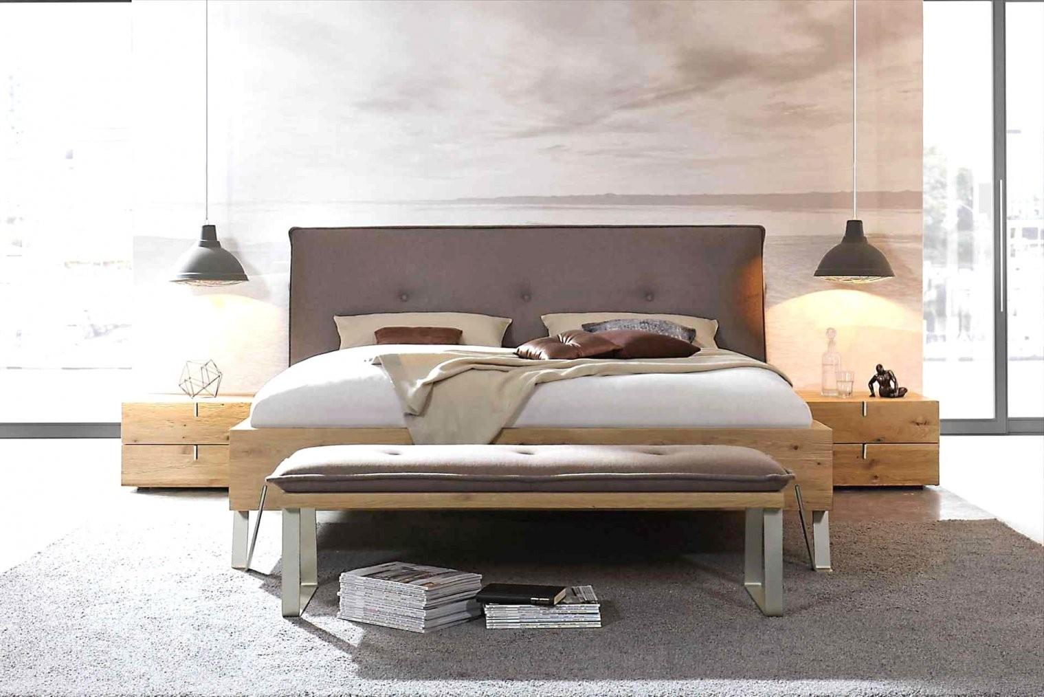 Innovativ Sitzbank Vorm Bett Bank Beste Von Hocker Vor Best von Bank Vor Dem Bett Bild
