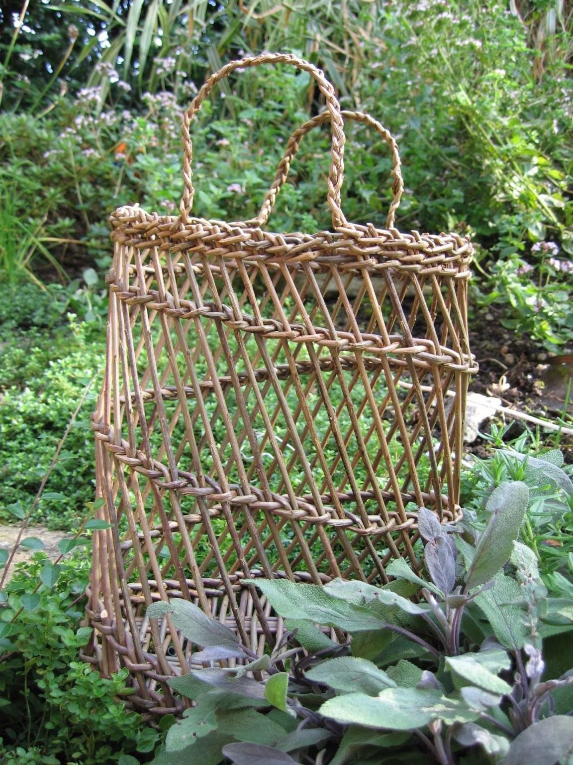 Inspirasjonklarapil  Willow  Weidengeflecht Weiden Flechten Weiden von Weidengeflechte Für Haus Und Garten Photo