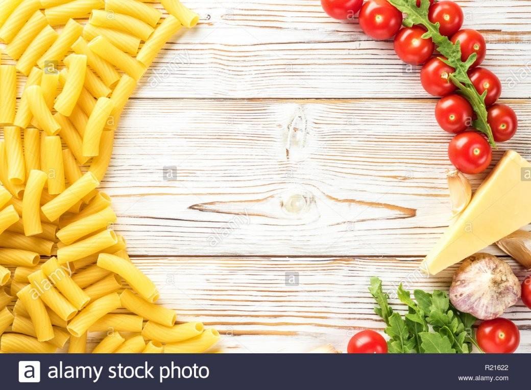 Italienischen Zutaten Zum Kochen Pasta Mit Kopie Raum Cherry Tomaten von Italienische Kochrezepte Mit Bildern Bild