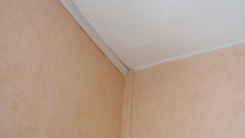 Kabelkanal An Wand Befestigen  So Geht's  Focus von Kabel An Wand Befestigen Klemme Bild