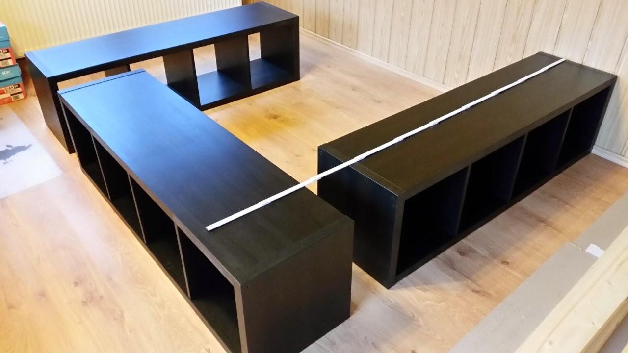 Kallax Bett Bauen Ikea Hack So Wird Aus Kallax Regalen Ein Bett von Bett Aus Ikea Regal Bauen Bild