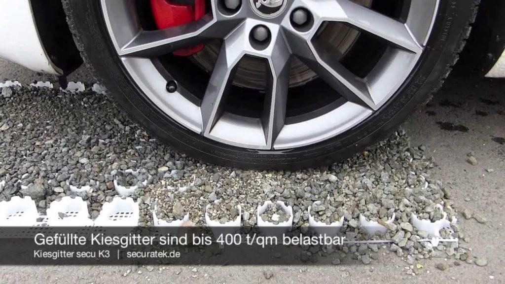 Kiesgitter Secu K3  Bodenwabe Zur Stabilisierung Von Kies Schotter von Garagenzufahrt Gestalten Mit Kies Oder Schotter Bild