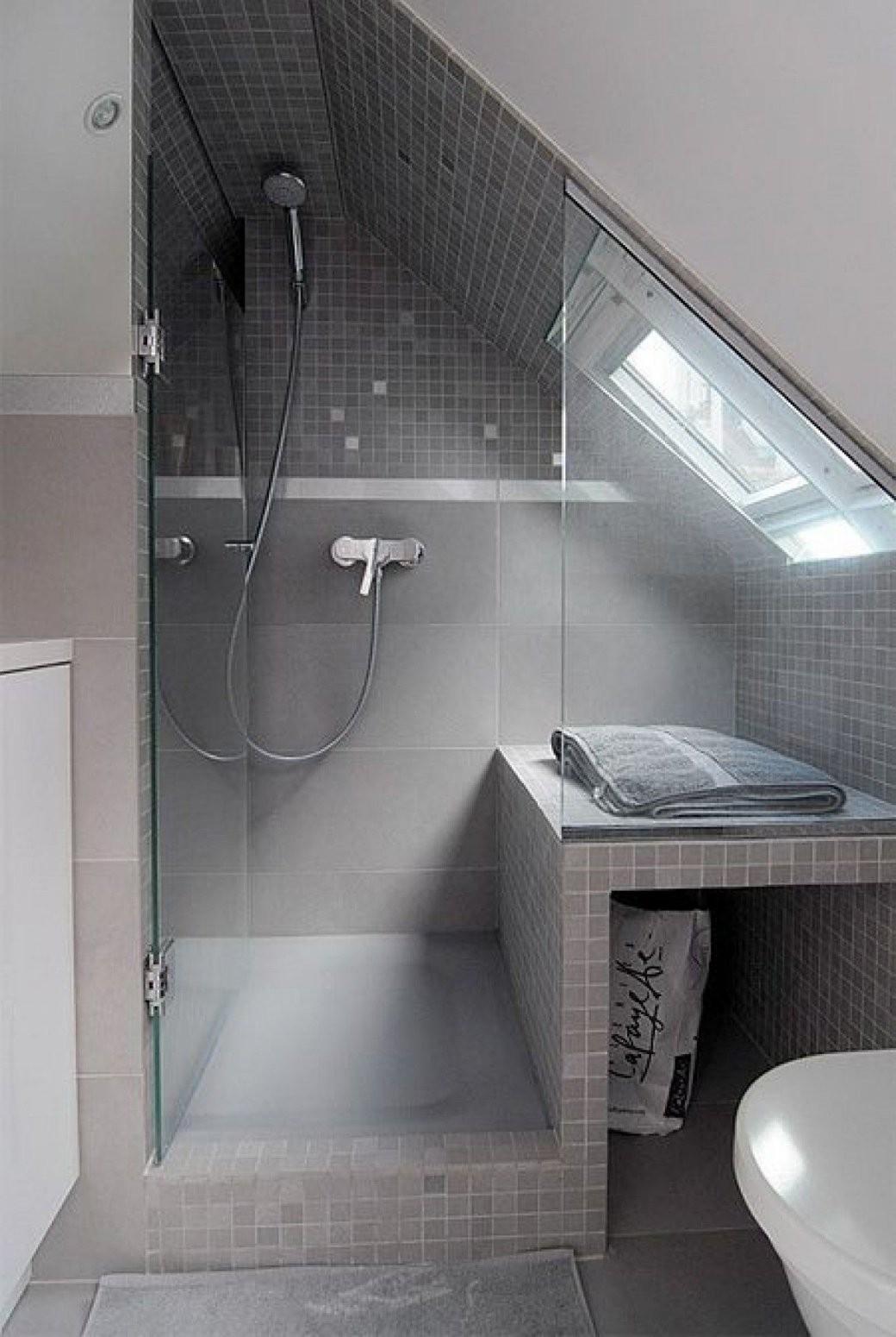 Klasse Einteilung Für Ein Kleines Badezimmer Mit Dachschräge von Bad Mit Dachschräge Planen Bild