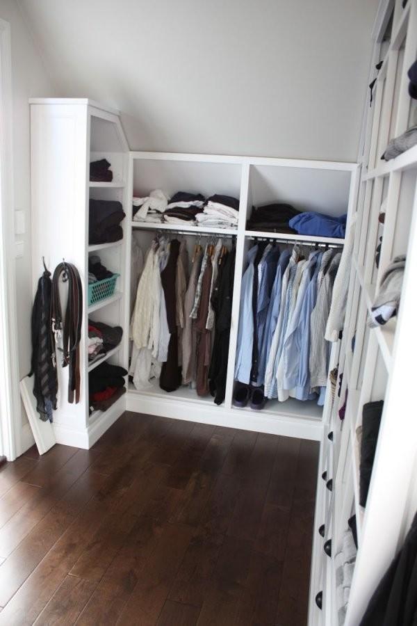 Kleiderschrank Selber Bauen  Schrank Mit Schräge (Diy Bedroom von Begehbarer Kleiderschrank Selbst Bauen Bild