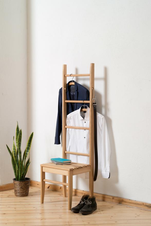 Kleiderstuhl In 2019 Kleiderleiter Kleiderstuhl Inspiration von Ablage Für Kleidung Im ...