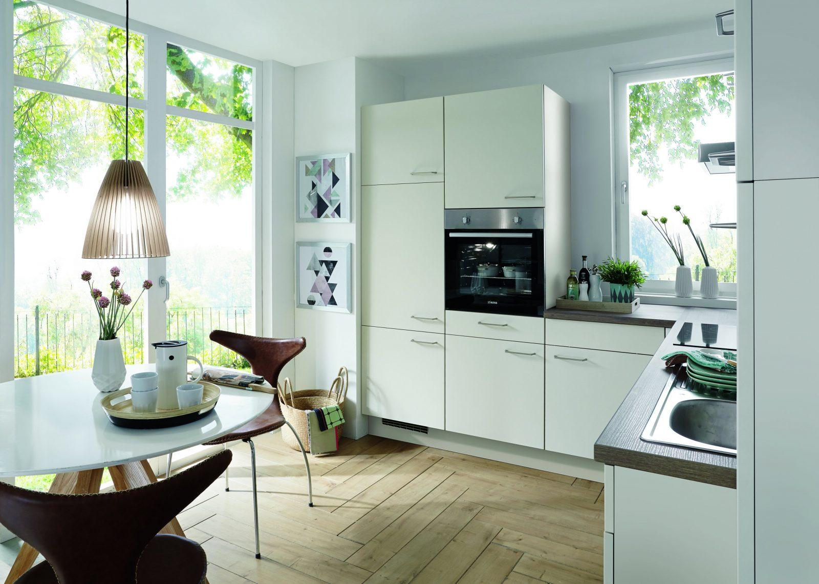 Kleine Küche Großer Spaß  Ideen Für Kleine Küchen  Kücheco von Küche Kleiner Raum Modern Photo