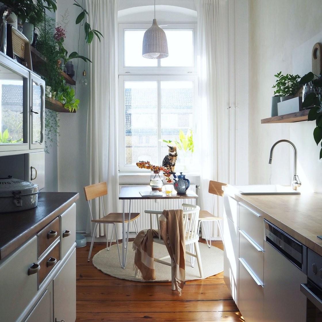Kleine Küchen  Singleküchen Einrichten von Kleine Schmale Küche Einrichten Photo