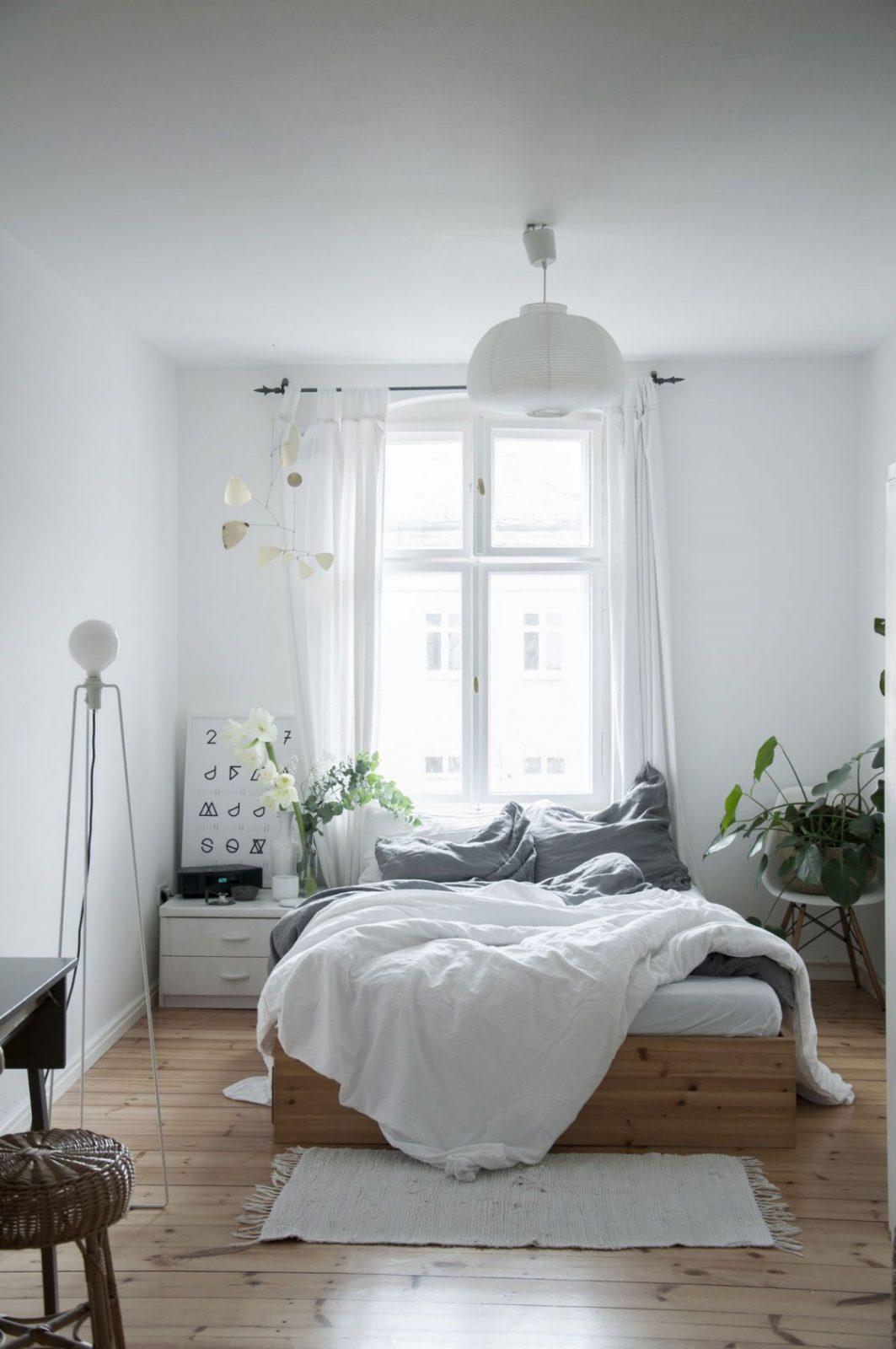 Kleine Schlafzimmer Einrichten  Gestalten von Schlafzimmer Ideen Kleine Räume Bild
