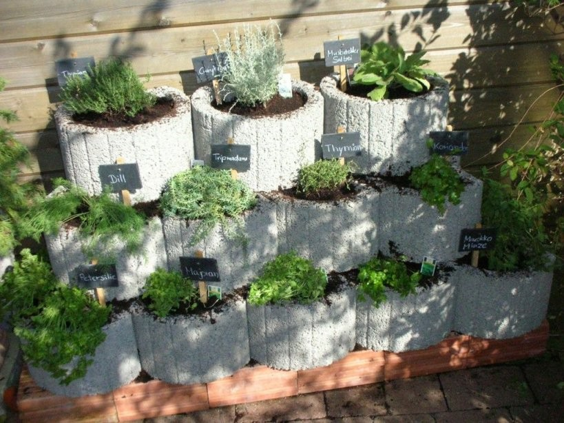 Klicke Auf Dieses Bild Um Es In Vollständiger Größe Anzuzeigen von Garten Gestalten Mit Pflanzsteinen Photo