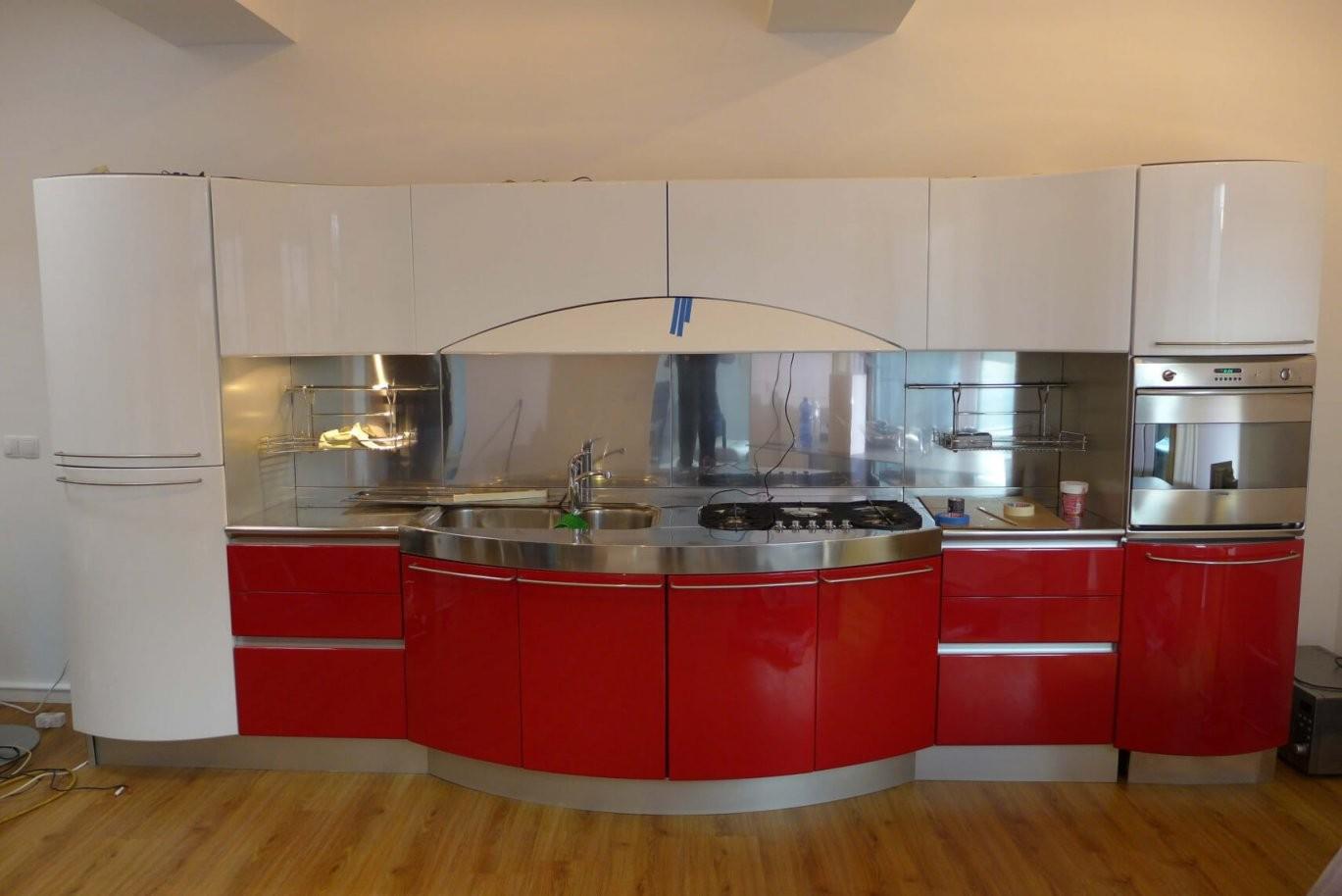 Küche Folieren  Rot Zu Weiß  Küche In Hochglanz  Resimdo von Küche Folieren Lassen Kosten Photo