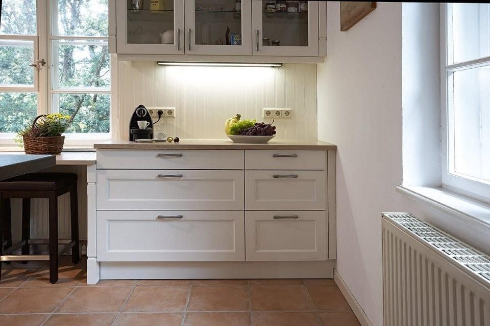 Landhauseinbauküche Systema 6035Weiss  Küchenquelle von Küche Im Landhausstil Gestalten Bild