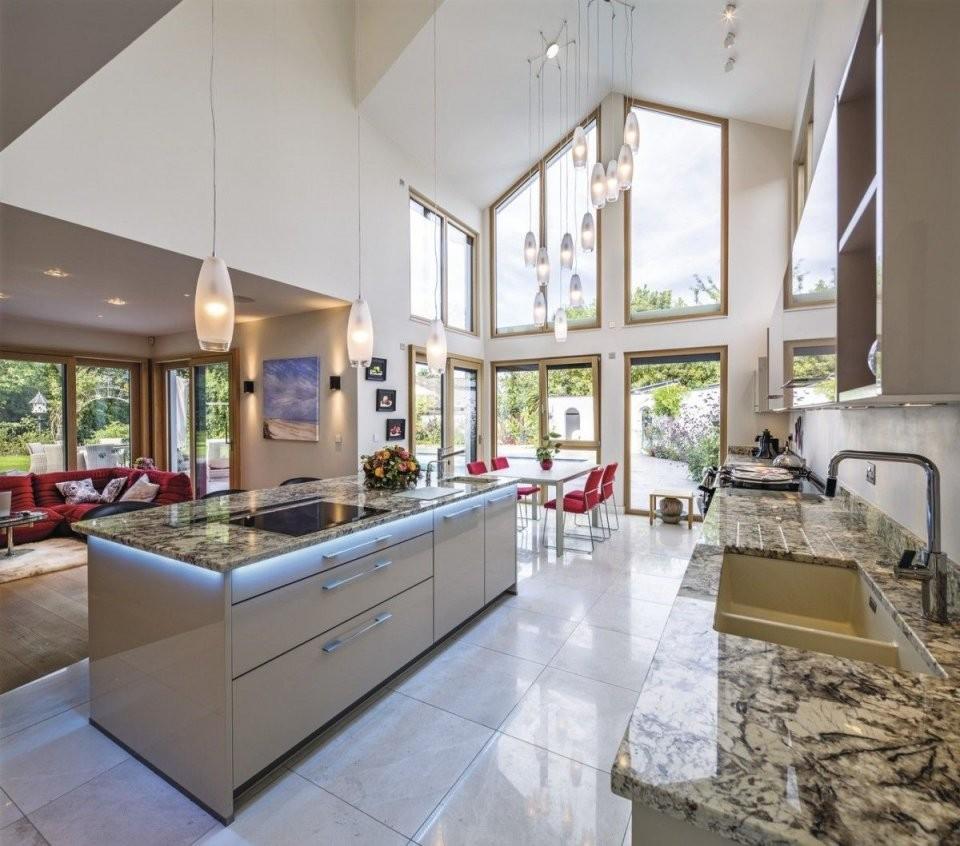 Luxusküche Mit Kochinsel  Inneneinrichtung Weberhaus Villa von Luxus Küche Mit Kochinsel Bild