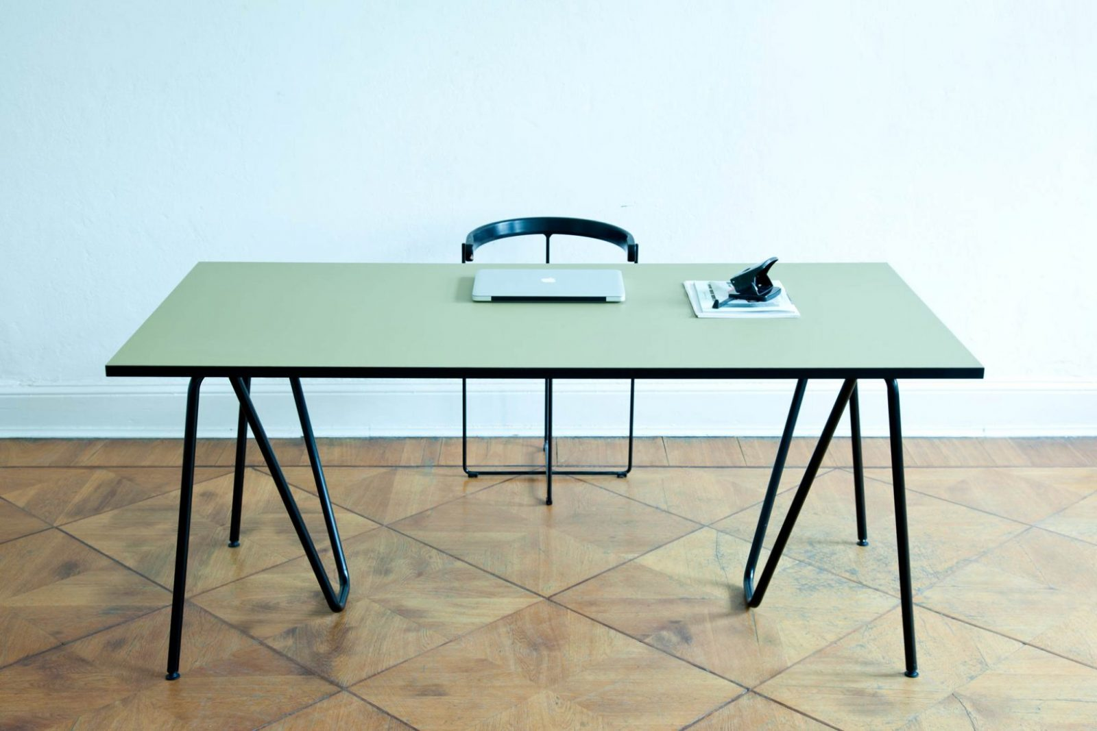 Lz  Sinus Tischbock + Linoleum Tischplatte von Tischplatte Nach Maß Kunststoff Photo