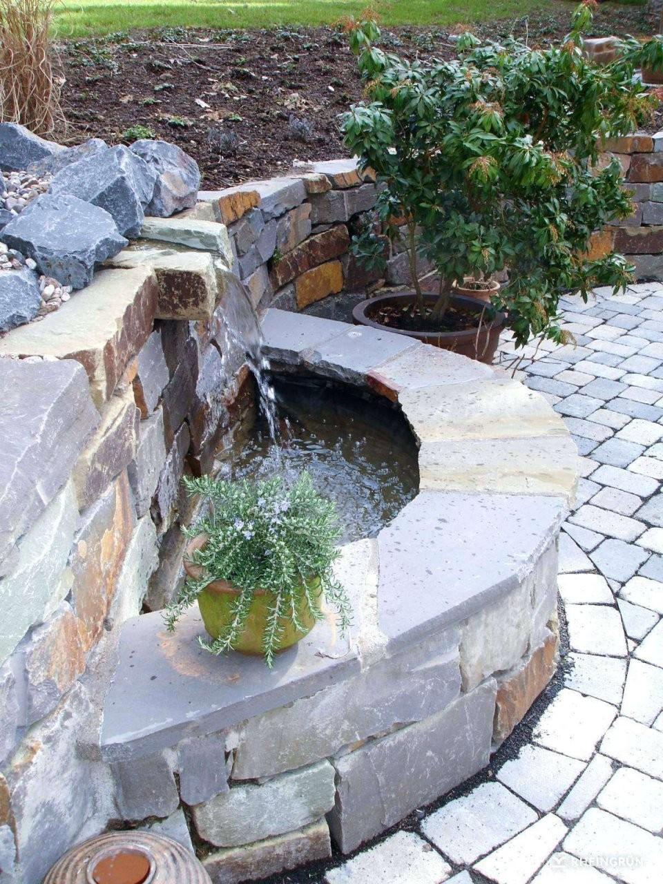 Mauer Brunnen Selber Bauen Schema Von Gartenmauer Aus Naturstein von Kleinen Brunnen Selber Bauen Bild