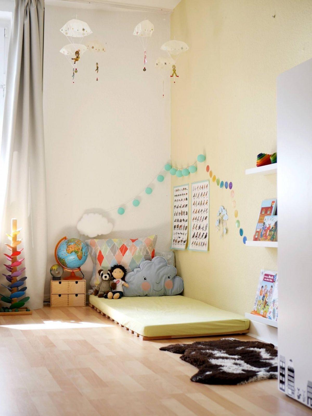 Michels Kinderzimmer Mit 25 Jahren  Montiminis  Kinderzimmer von Kleines Kinderzimmer Für 2 Bild