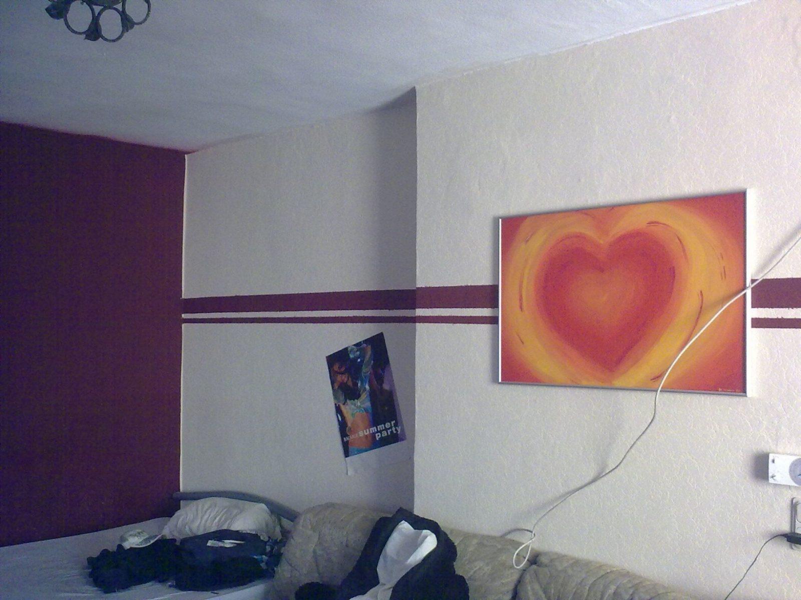 Mit Farbe Wandmuster Streichen Kreative Wandgestaltung  Wanddeko von Wand Streichen Muster Streifen Photo