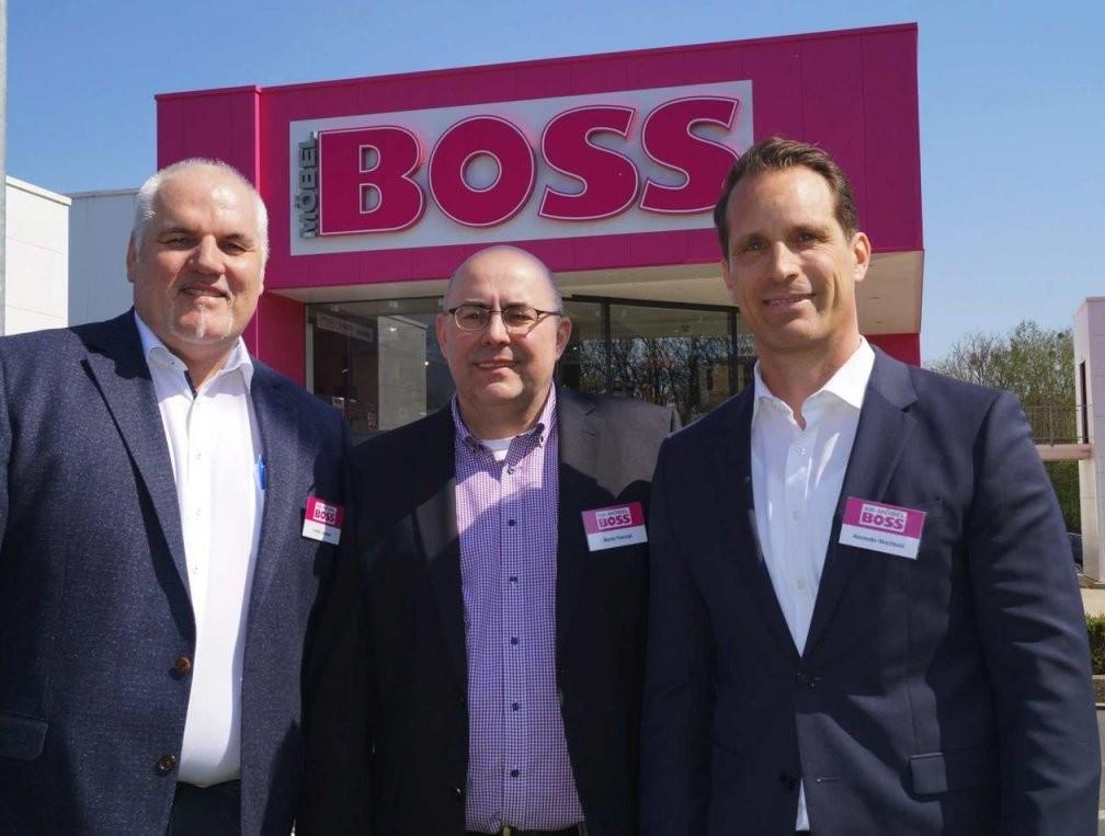Möbel Boss Eröffnet Am 29 April  100 Schnellsten Werden Belohnt von Möbel Boss Auto Mieten Photo