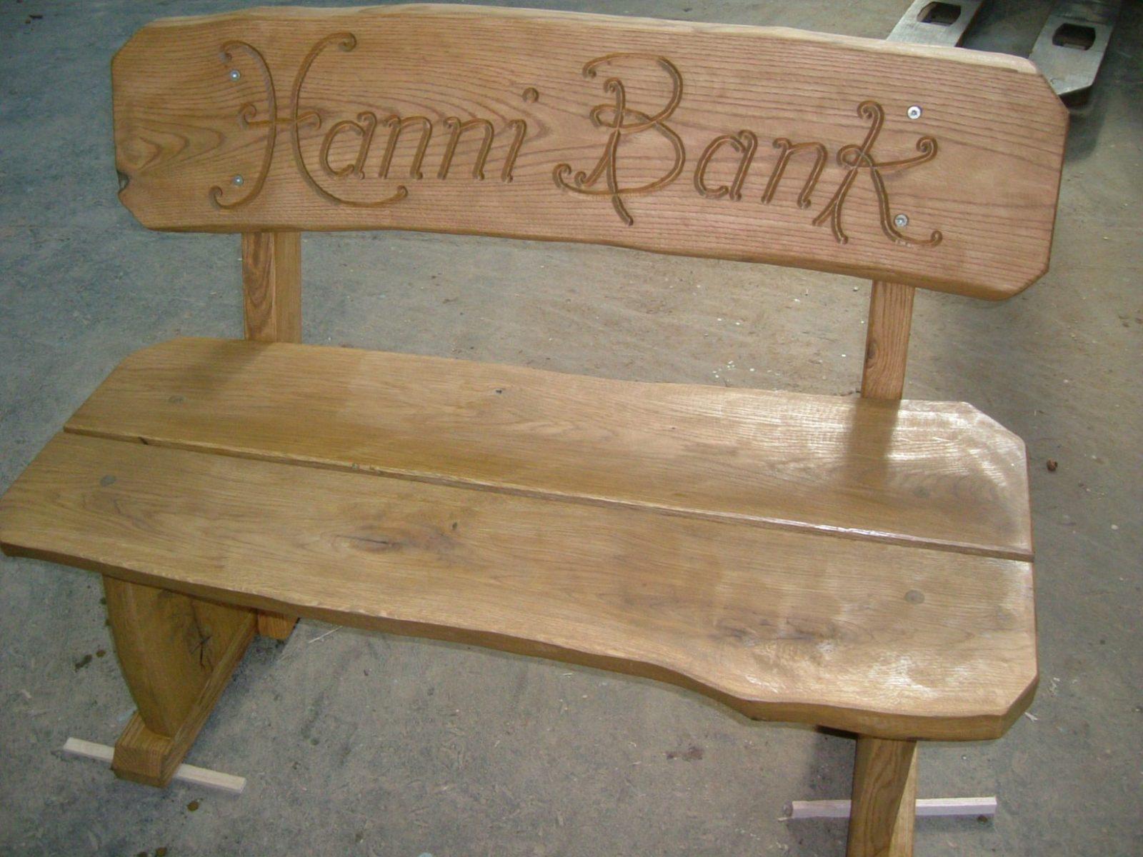 Möbel Mit Gravuren  Die Holzfabrik von Holzbank Mit Gravur Kaufen Photo